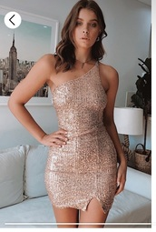 dress,sparkle,sequins,rose gold,one shoulder,spaghetti strap,body on