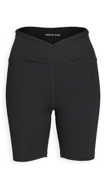 Year of Ours V Waist Biker Shorts in black