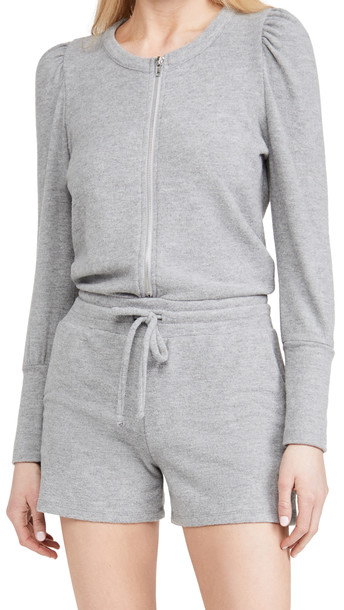 Chaser Rpet Bliss Knit Puff Sleeve Zip Up Romper in grey