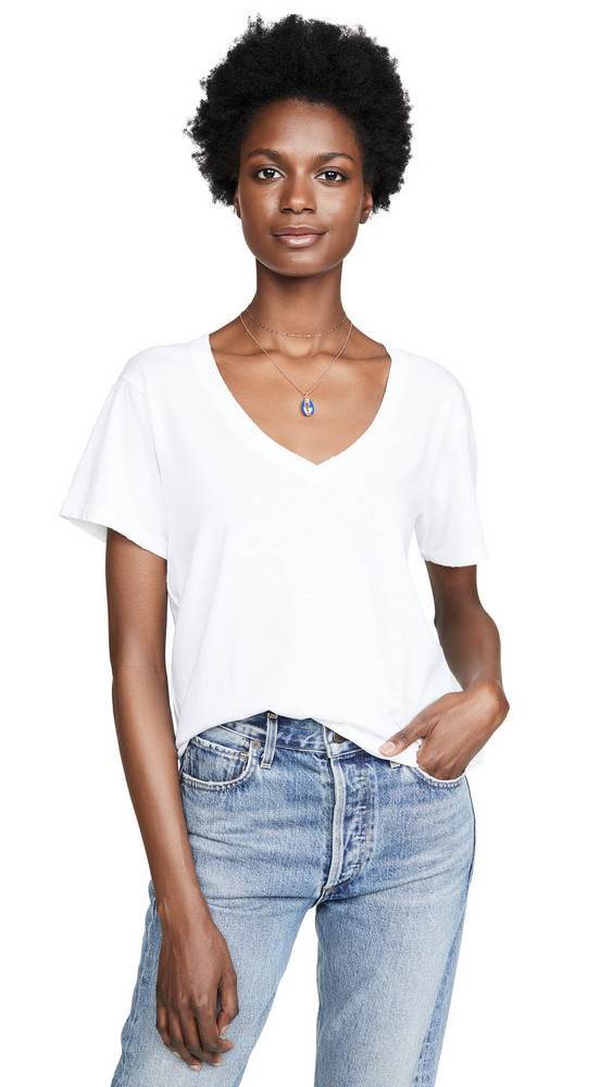 AMO V Neck Tee in white