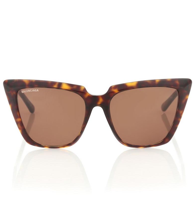 Balenciaga Cat-eye sunglasses in brown
