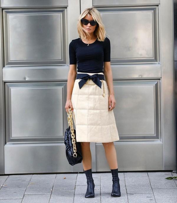 shoes heel boots bottega veneta midi skirt black bag black t-shirt
