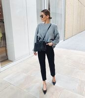 jeans,black jeans,high waisted jeans,cropped jeans,pumps,black bag,grey sweater