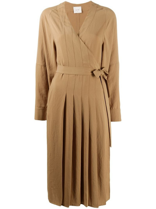 Alysi pleated wrap dress in brown