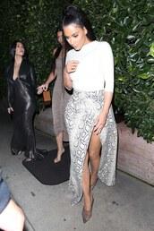 skirt,kim kardashian,kardashians,wrap skirt,python,pumps,top,grey,celebrity