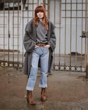 coat,grey coat,leopard print,heel boots,straight jeans,belt,knitted sweater,casual,streetwear