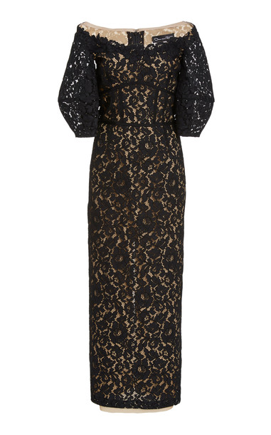 Oscar de la Renta Lace Off-The-Shoulder Dress in black