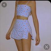skirt,short,daisy skirt,light blue