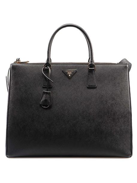 Prada Galleria Saffiano Bag in nero