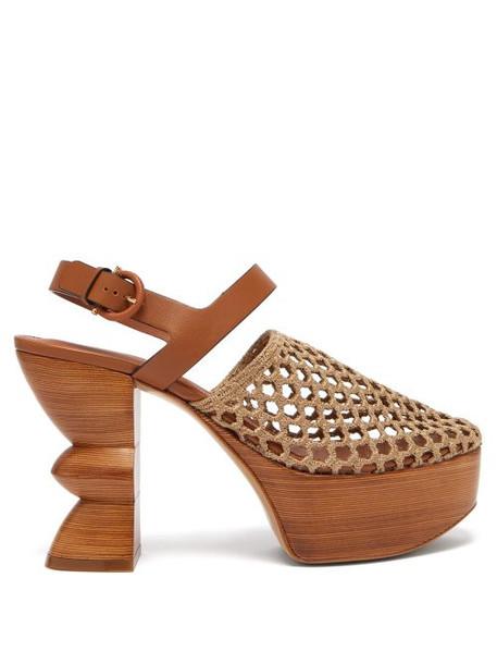 Salvatore Ferragamo - Antium Woven Front Wooden Platform Heels - Womens - Khaki