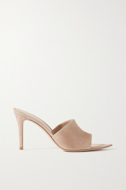 Gianvito Rossi - 85 Iridescent Suede Mules - Baby pink