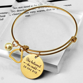 jewels,graduation gift,gullei.com,gullei,fashion,jewelry,gift ideas,charm bracelet,adjustable bracelet,college graduation gifts,graduation gift for her,golden color stylish adjustable bracelet