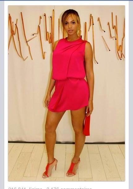 dress beyonce red dress heels bey queen b beyonce concert high heels