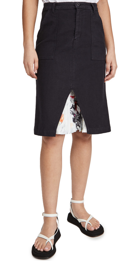 Le Superbe Undercover Pleats Skirt in black