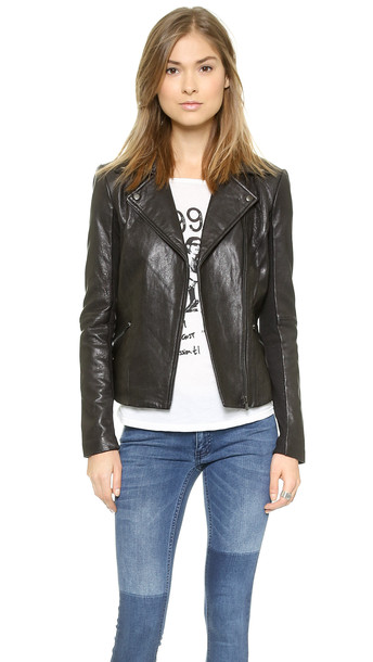 VEDA Dallas Leather Jacket in black