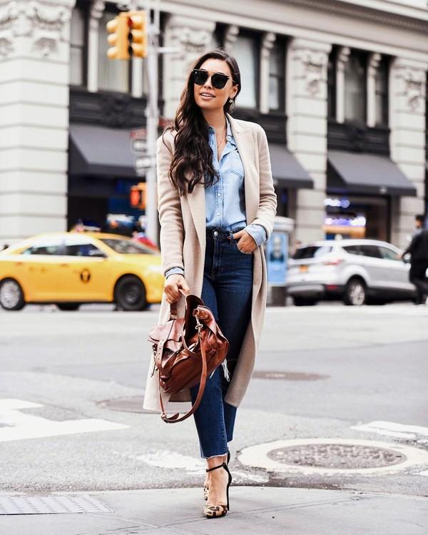 bag shoulder bag brown bag pumps cropped jeans skinny jeans long coat denim shirt