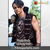 coat,thomas doherty,movies,descendants 3,celebrity,vest,fashion,menswear,style,mens  fashion,outfit,celebrity style