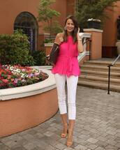 top,pink top,pleated,sleeveless top,white jeans,skinny jeans,cropped jeans,sandal heels,louis vuitton bag