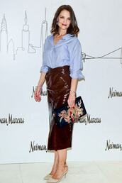 skirt,midi skirt,shirt,top,pumps,celebrity,faux leather,katie holmes,high waisted