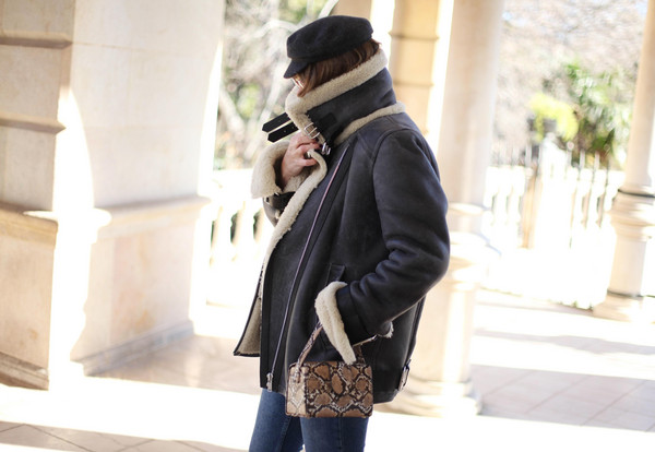 my daily style blogger jacket jeans scarf shearling jacket winter outfits