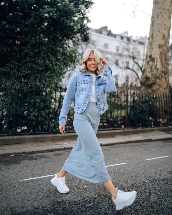 jacket denim jacket white sneakers platform sneakers maxi skirt blue skirt white t-shirt