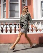 coat,jacket,military style,parka,shoes,white shoes,sunglasses