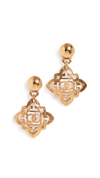 What Goes Around Comes Around Chanel Dangle Earrings in gold