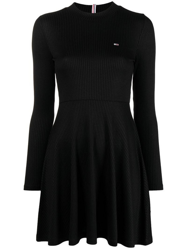 Tommy Hilfiger long-sleeve pleated dress in black