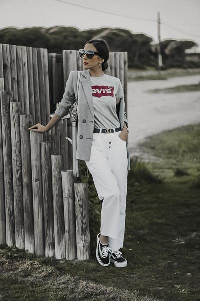 shoes and basics blogger jacket t-shirt pants bag sunglasses