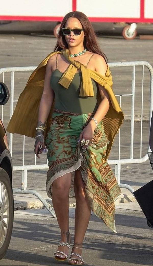 skirt rihanna rihanna style swimwear top khaki celebrity
