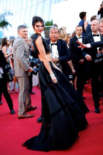 dress kendall jenner black dress two piece dress set black crop top maxi skirt black skirt cannes kardashians