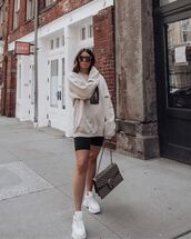 sweater,sweatshirt,black leggings,white sneakers,gucci bag