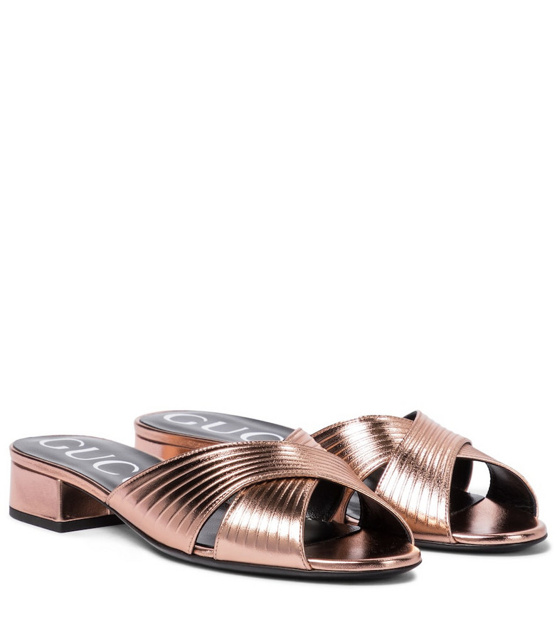 Gucci Metallic leather sandals in pink
