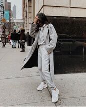coat,long coat,grey coat,zara,white sneakers,joggers,black bag,streetwear,sportswear