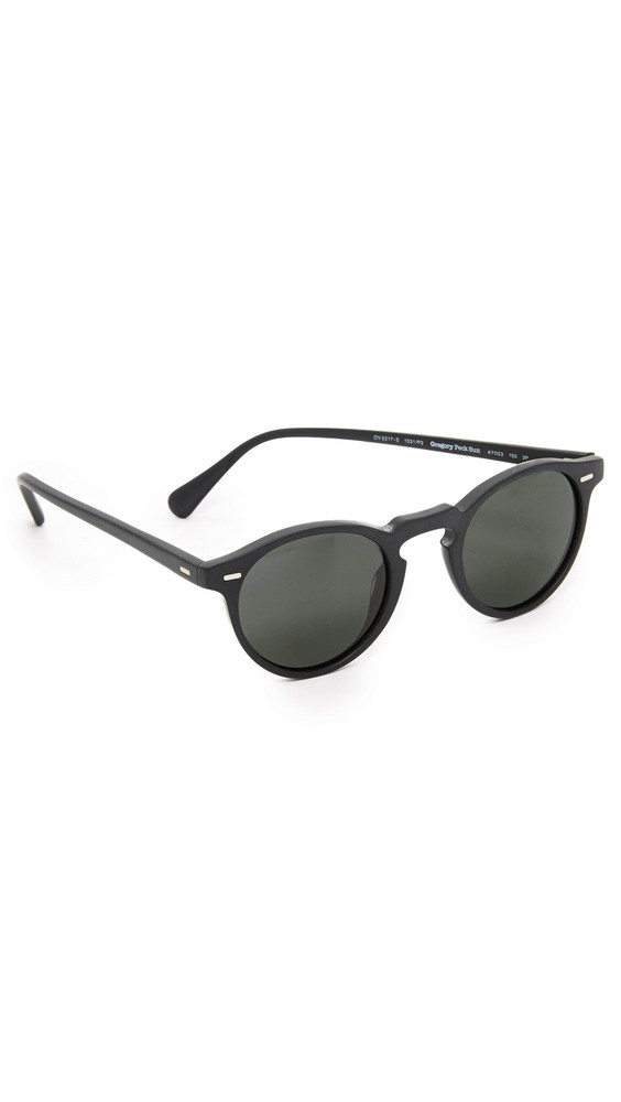 Oliver Peoples Eyewear Gregory Peck Polarized Sunglasses in black / midnight