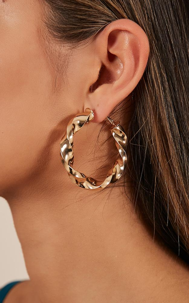 Tears Of Joy earrings in gold