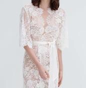 blouse,robe,white,lace,lace robe,white dress,white blouse,robes,floral,lingerie,lace lingerie,white lingerie,bridal lingerie,sexy lingerie,lingerie dress,fashion
