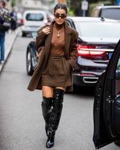 shoes,black boots,over the knee boots,mini skirt,blazer,turtleneck,bag