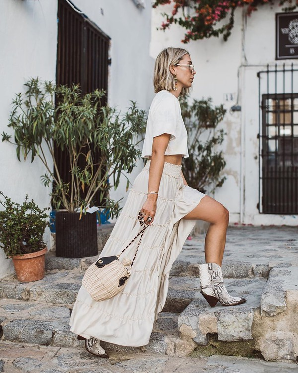 top cropped t-shirt white t-shirt maxi skirt slit skirt ankle boots cowboy boots bucket bag