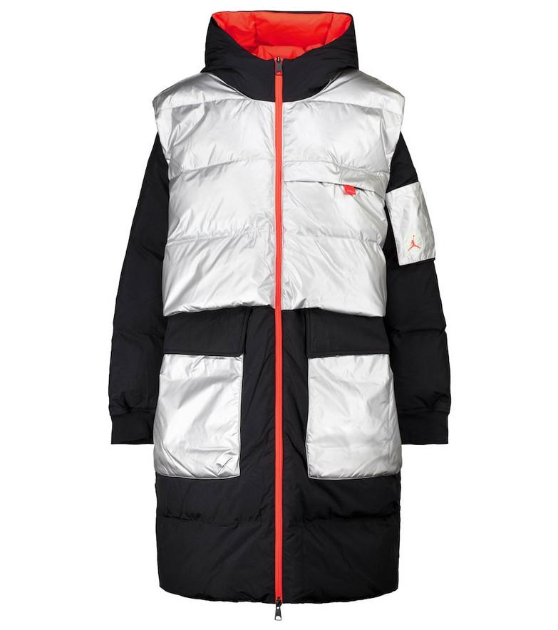 Nike Jordan Winter Utility down coat in black