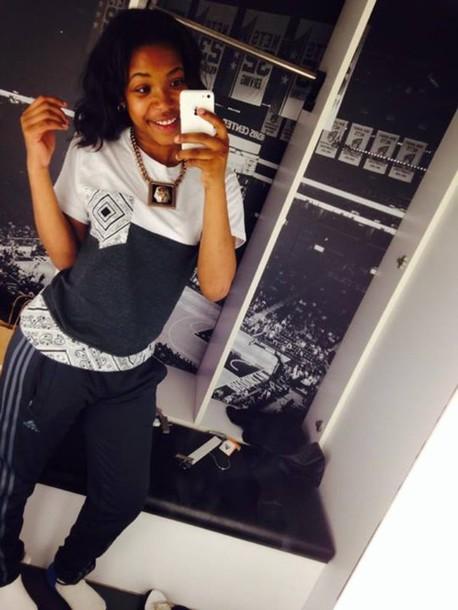 shirt clothes t-shirt bandana print black and white