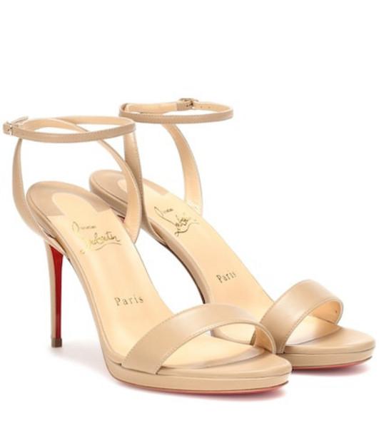 Christian Louboutin Loubi Queen 100 leather sandals in beige