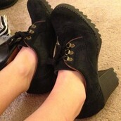 shoes,skechers,suede,faux suede,black,heels,oxfords,wingtip,wingtips,laces