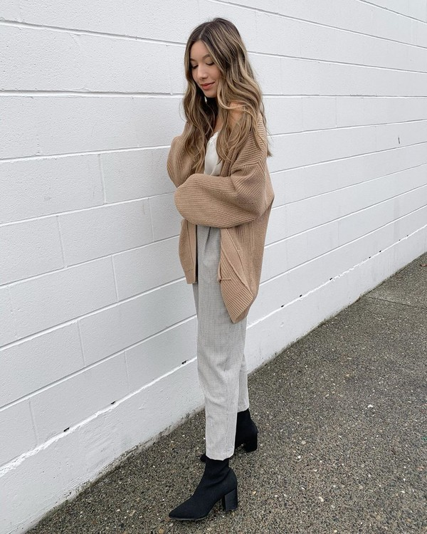 sweater cardigan black boots ankle boots grey pants white top