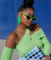 sunglasses,green sunglasses