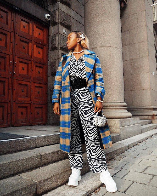 pants wide-leg pants zebra white shoes platform shoes plaid long coat white bag mini bag black belt shirt