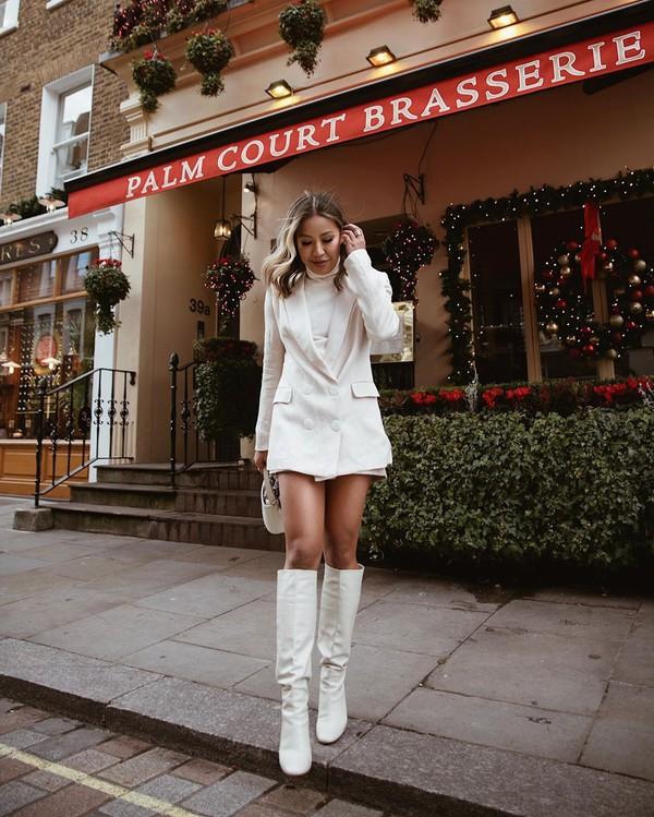 shoes knee high boots white boots zara white blazer white turtleneck top bag