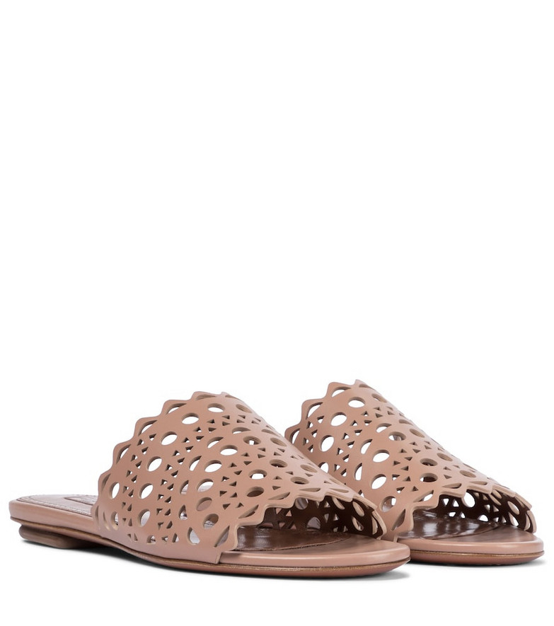 Alaïa Leather sandals in pink