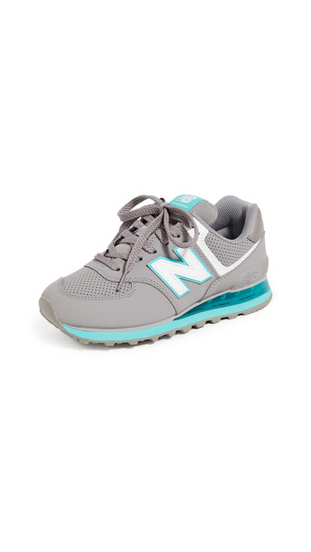 New Balance WL574 Classic Sneakers