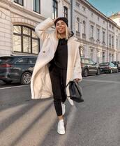 coat,teddy bear coat,long coat,double breasted,white coat,white sneakers,joggers,black bag,streetstyle,black beanie